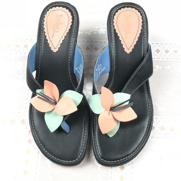 b9759138fd3 Clarks Shoes - INDIGO BY CLARKS Thong Sandals 7 Black Flower